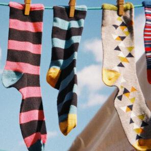 Hausschuhe & Socken